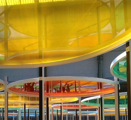 monumenta 2012 daniel buren - sous les cercles de couleurs detail